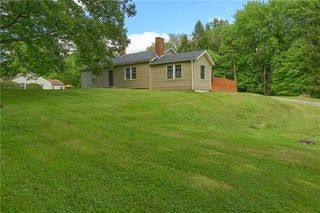 117 Kingswood Rd, New Castle, PA 16105