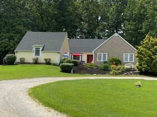 3535 Witty Ln, Hopkinsville, KY 42240