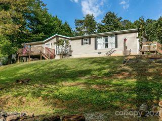 16 Crooked Oak Ln, Weaverville, NC 28787