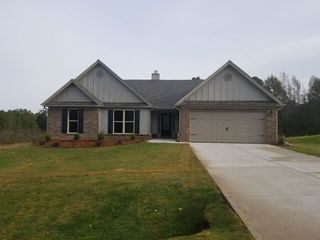 184 Brookhaven Dr #18, Bowersville, GA 30516