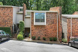 38 Spring Lake Pl NW, Atlanta, GA 30318