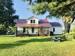 1836 Maple Grove Church Rd, Adolphus, KY 42120