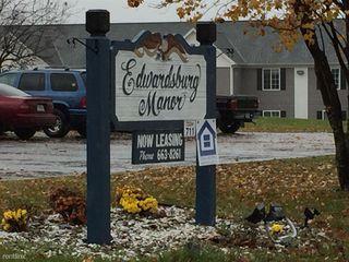 69138 Gateway Rd, Edwardsburg, MI 49112