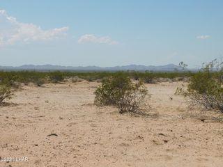 47882 72nd St, Bouse, AZ 85325