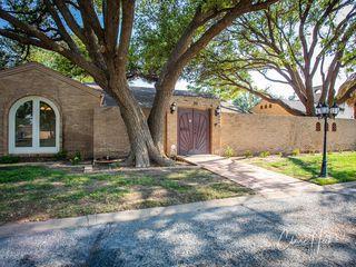 20 Oaklawn Park, Midland, TX 79705