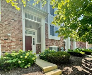 9415 W 140th St, Orland Park, IL 60462