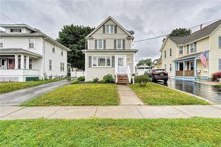 408 W Elm St, East Rochester, NY 14445