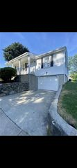 137 Clematis St, Providence, RI 02908