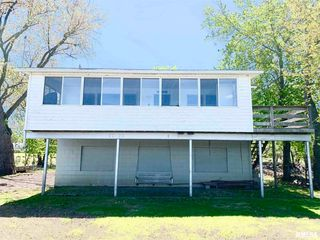 14821 Vans Rd, Fulton, IL 61252