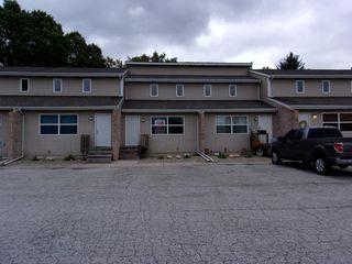 1242 Lake Charles Ave, Chesterton, IN 46304