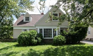 4090 Eastway Rd, South Euclid, OH 44121