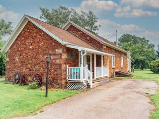 2889 Kendall Rd, Holley, NY 14470