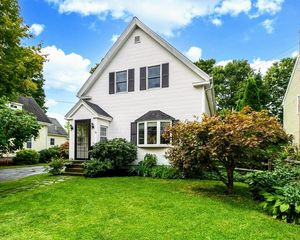19 Forest Ave, Natick, MA 01760