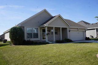 9608 Prairie Crossing Dr, Franksville, WI 53126