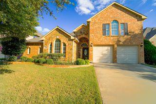 8800 Weston Ln, Lantana, TX 76226