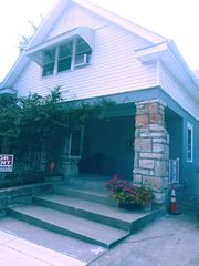4532 Wyoming St #B, Kansas City, MO 64111