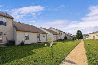 1408 Bluegrass Ln, Champaign, IL 61822