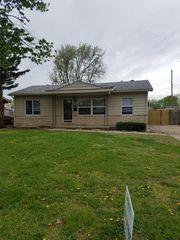3335 S Saint Paul Ave, Wichita, KS 67217