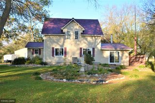 5401 195th Ave SW, Prinsburg, MN 56281