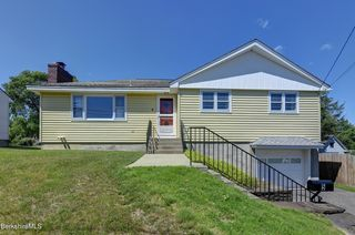 5 Arch St, Pittsfield, MA 01201