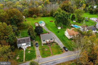 195 Valley Rd, Birdsboro, PA 19508