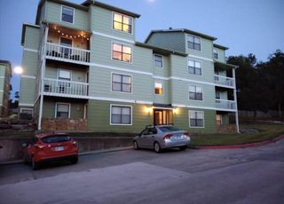 950 Arkansas St #M1, Lawrence, KS 66044