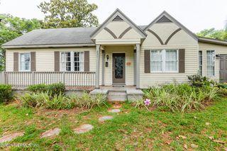 231 River Hills Dr, Jacksonville, FL 32216