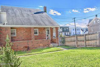 251 W 2nd St, Mount Carmel, PA 17851