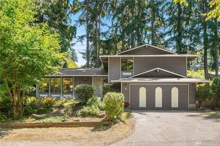 8 Aires Pl NW, Issaquah, WA 98027