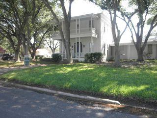 210 N Tyler St, Beeville, TX 78102