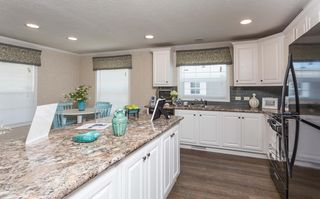 7227 Beth Ave SW, Navarre, OH 44662