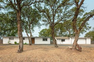 220 Wakefield Dr, Oroville, CA 95966