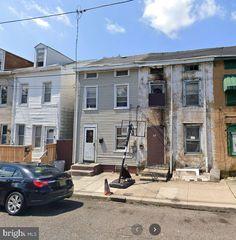 29 Poplar St, Trenton, NJ 08638