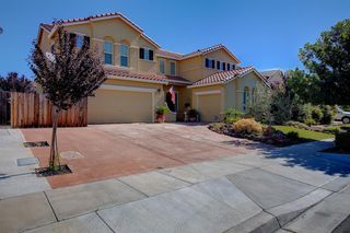 1241 Sweet Pea Dr, Patterson, CA 95363
