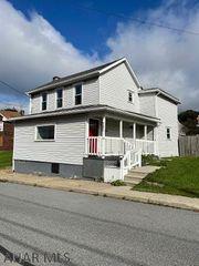 321 Forest St, Gallitzin, PA 16641