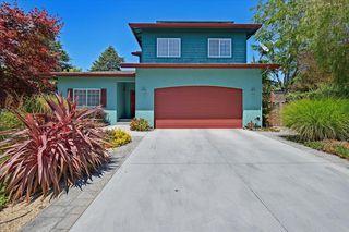 2211 Chanticleer Ln, Santa Cruz, CA 95062