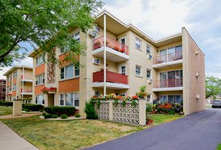 3111 Paris Ave #306, River Grove, IL 60171