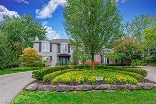 4452 Ardmore Ct, Bloomfield Hills, MI 48302