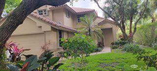 507 Misty Oaks Dr, Pompano Beach, FL 33069