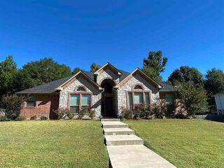 510 Mitchell Ryan, Wake Village, TX 75501