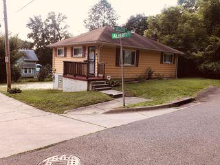 185 Alberti Ct, Akron, OH 44310