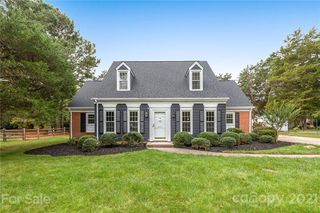 5631 Roundhouse Ln, Charlotte, NC 28226