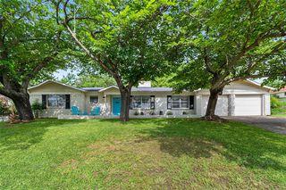 4817 Holiday Ln, North Richland Hills, TX 76180