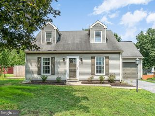3141 Pineview Dr, Dover, PA 17315