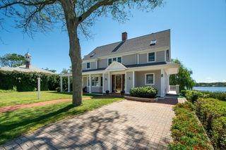 11 Mitchell Ave, Scituate, MA 02066