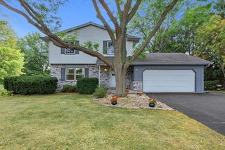 200 Corby Dr, North Prairie, WI 53153