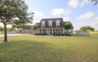 273 Shannon Valley Dr, Victoria, TX 77904