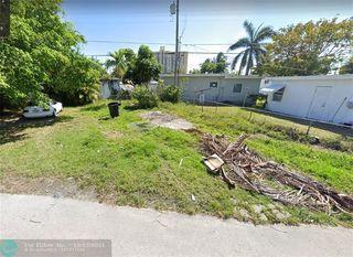 2388 NE 136th Ter, North Miami Beach, FL 33181