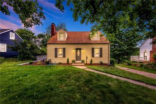 20 Mitchell Dr, Pittsburgh, PA 15241