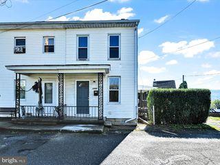 1333 Seneca St, Pottsville, PA 17901